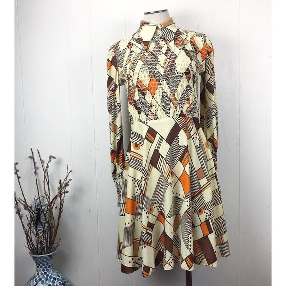 Vintage Dresses & Skirts - Vintage 70s Mod Geometric Print Dress Fit & Flare
